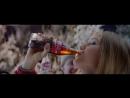 Coca-Cola праздник нам приходит