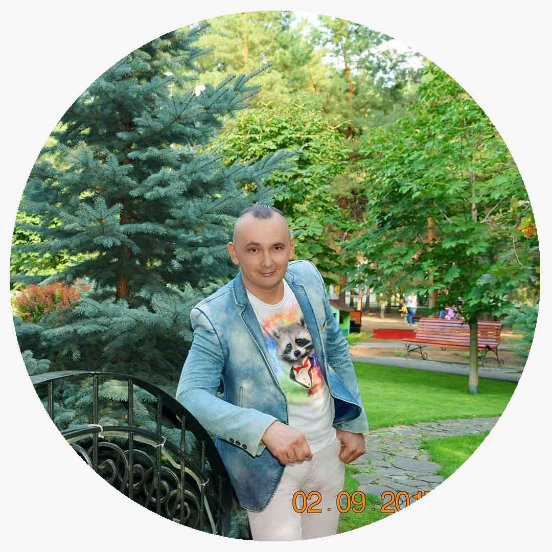Ведущий на свадьбу в Волгограде. Организатор торжеств, свадебный регистратор Павел Июльскийтел:   +7 (937) 727-25-75(Megafon)    +7 (937) 555-20-20(Beeline)    +7 (937) 540-60-80(MTS)