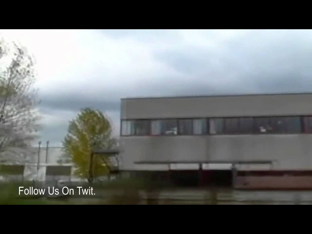 GAINT UFO SCOUT SHIP LANDS IN NEW MEXICO 2012 HD