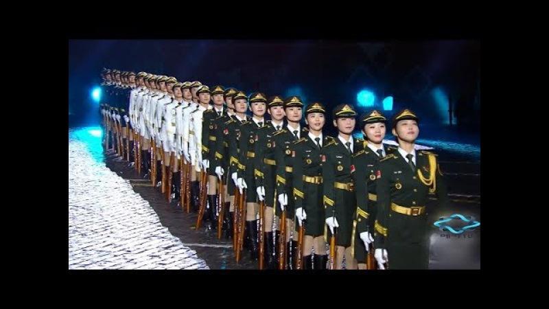 흔치않은 중국 여군 의장대 ~ 멋지긴한데 뭔가 군인 같지 않고 공연하는듯한 4