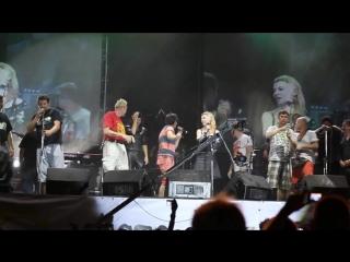 Ксения Симонова фестиваль памяти Виктора Цоя рок-группа Кино