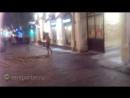 На улице Петровка автомобиль вылетел на тротуар