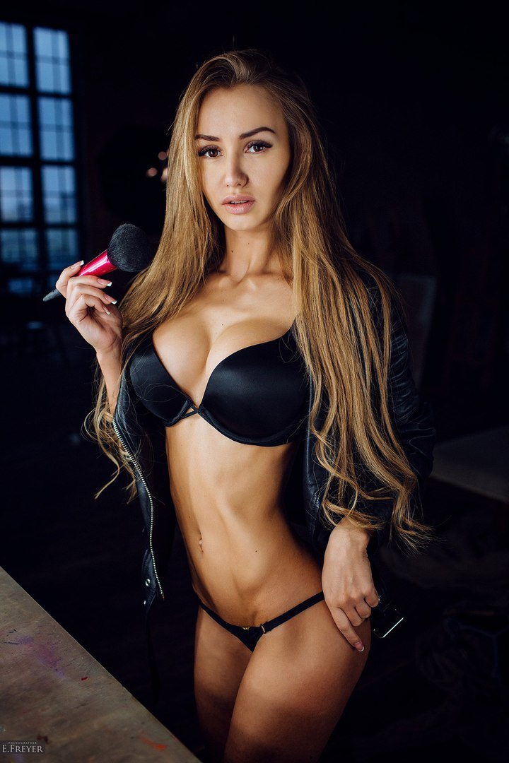 Stunning blond lesbo women toying indecent cleft