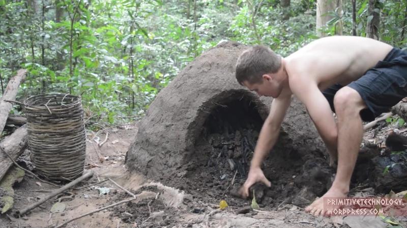 Primitive Technology׃ Reusable charcoal mound