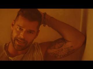 Премьера. Ricky Martin feat. Wisin & Yandel - Fiebre