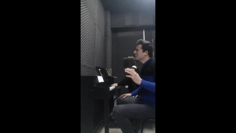 Alymyrat Berdiyew .soltanym. piano .Türkmen