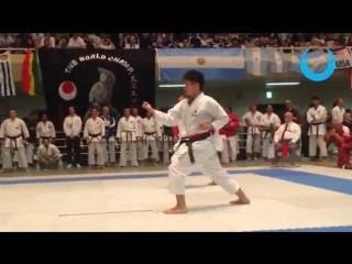KURIHARA HIDEMOTO vs KARATE-KA (Heian Nidan) Men`s Ind. Kata - JKA World Karate