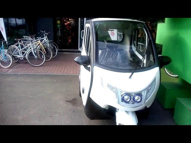Трехколесный электромобиль UMI - безумнее даже, чем Smart!