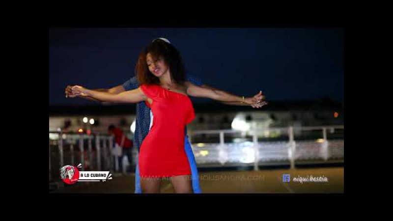 LOST ON YOU-LP - Dance Salsa cubana / casino romántica en Habana Vieja, Cuba 2017