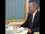 Владимир Путин поздравил народного композитора Родиона Щедрина с 85-летием.
