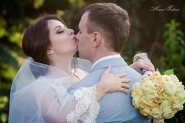 75aR NW00SQ - Денежные конкурсы на свадьбе: пять причин отказаться от них