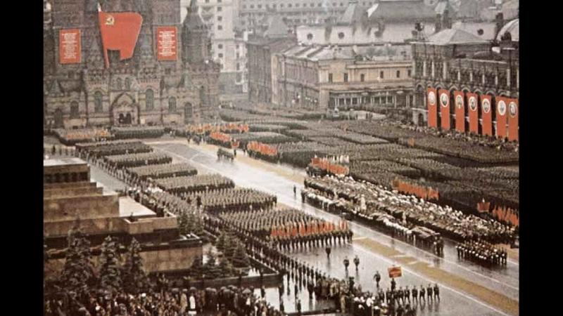 Главный строевой марш в Советской Армии - В путь.