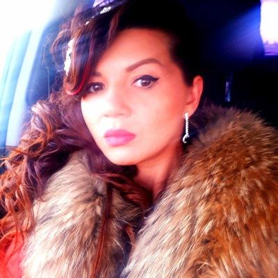 Аня Валкириева