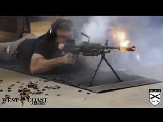 Глушитель плавится от нагрева пулемета