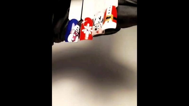 Готовимся к зиме милые девушки 💅 Ручная роспись ногтей 😍 маникюруфаручнаяросписьногтейуфакомбиманикюруфааппаратныйманикюруфа
