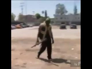 im just a nigga with tha rocket launcher