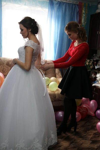 Продаю весільне плаття, розмір 42-44.