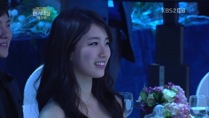 111231 연기대상 - 김수현(Kim Soo Hyun) Dreaming (Live).mp4