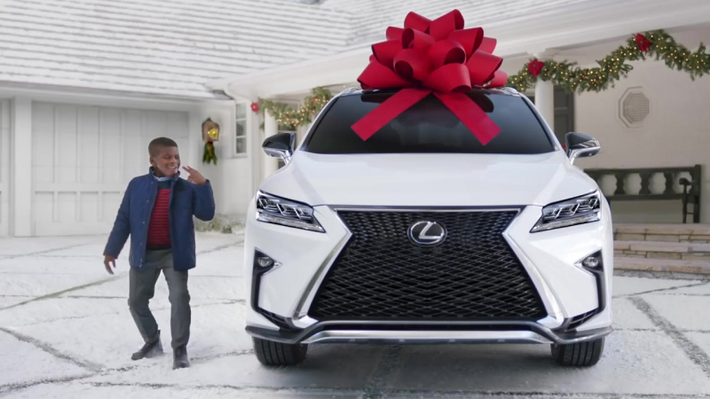"""Lexus December to Remember Commercial_ """"Stunned"""""""