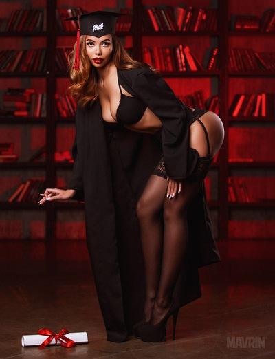 Русские в платьях порно скачать фото