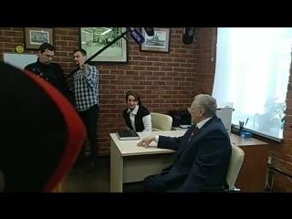 Владимир Жириновский. Посещение нотариуса