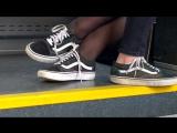 2 школьницы в вансах и колготках в автобусе 15 year Girl Black Nylons in Black sneakers 2