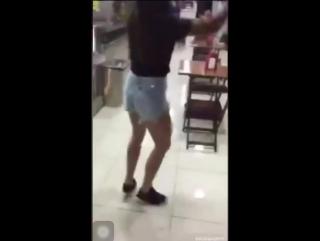 Chimpa dançante kkkk