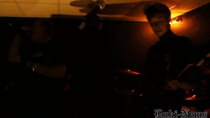 Псковские панк-рок группы посетили Великие Луки