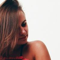 Анна Янова