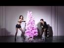 Кендалл и Крис Дженнер для новогоднего календаря журнала «Love», 2015 год