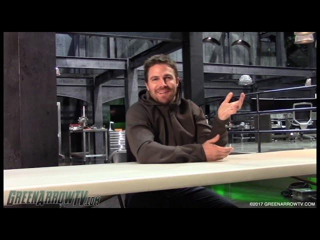 Stephen Amell on OTA vs. the Newbies   Arrow Season 6 on Set