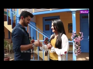Zain_imam_and_aditi_rathore_play_thumb_fight_18.mp4