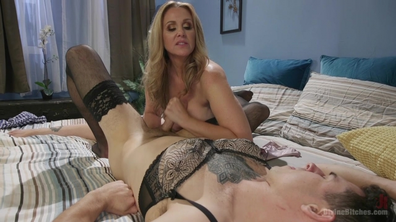 Julia Ann - Mommy's Little Pervert [2017, Femdom, Domination, Humiliation, Pegging, Pussy Eating, Strapon, MILF, 720p]