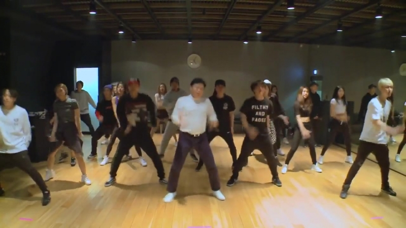 PSY - DADDY (Dance Practice) (online-video-cutter.com)