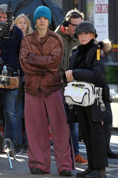 Блейк Лайвли невозможно узнать на съемках нового фильма в Дублине