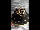 Черный торт с бутылочкой виски