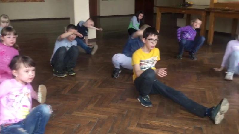 Уличные танцы 1 отряд
