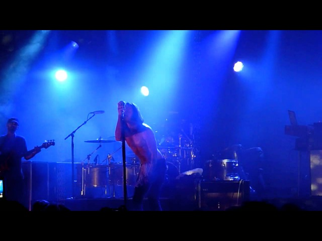 Incubus - In The Company Of Wolves (live München Tonhalle 12.07.2012)