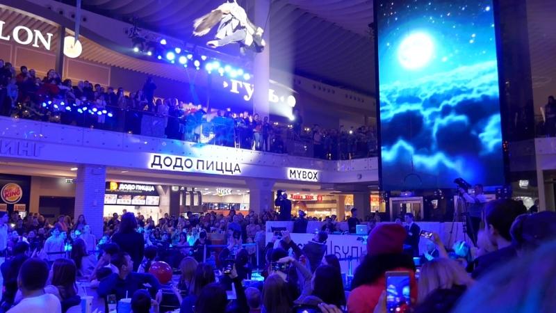 Воздушно-акробатическое шоу в Меге в Казани 23 февраля 2018 г.
