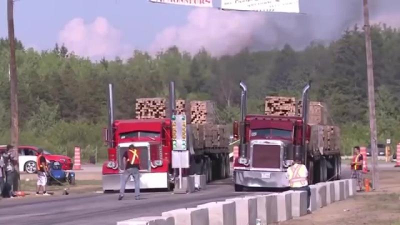 Гонка груженых грузовиков