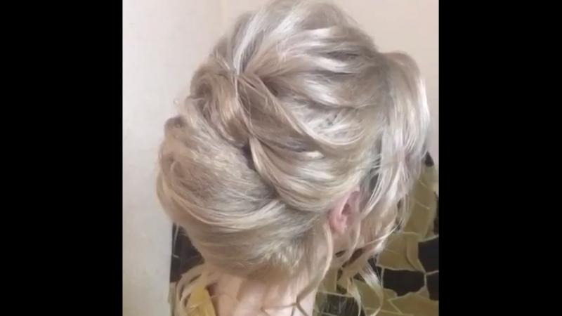 Быстрая причёска на короткие волосы