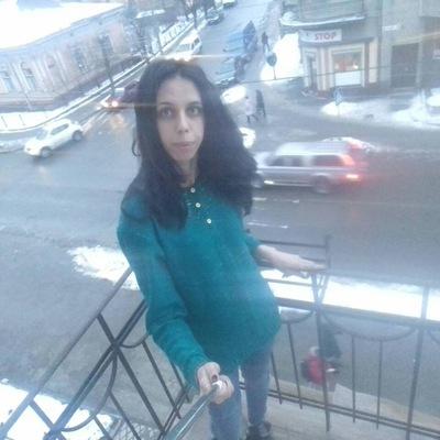 Аня Чіх