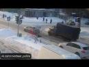 Моральный урод из Ярославля . Пешеход упал на зебре, водитель поехал напролом. ДТП