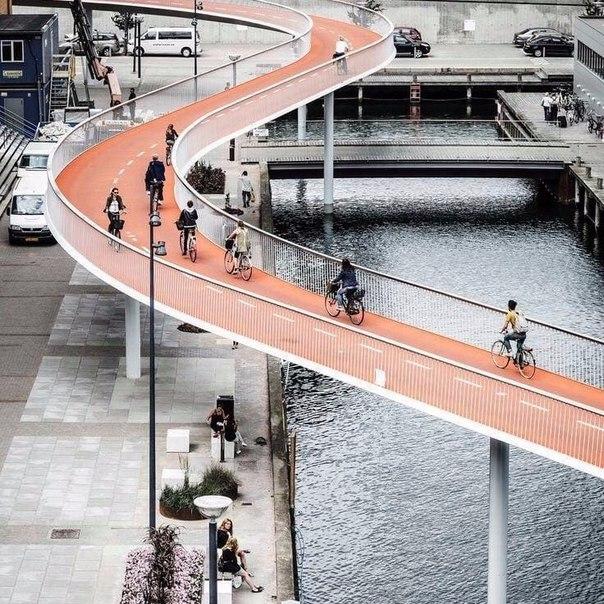 #подписчики  Велосипедный мост, Копенгаген, Дания.