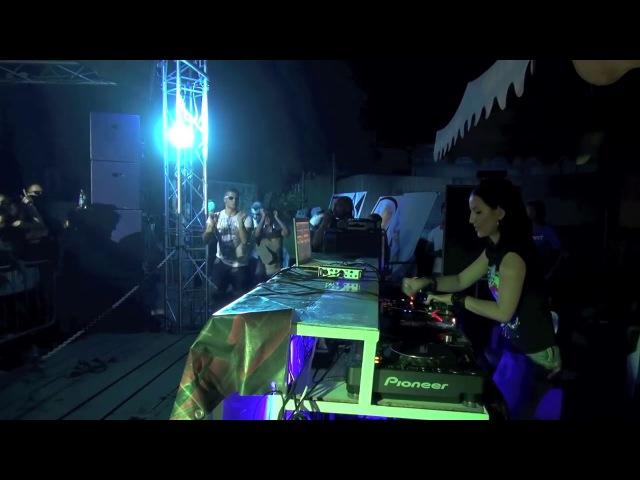 HardTechno: Fernanda Martins @ Bosco di Galú, Naples ITA SPT/2011 (VideoSet)