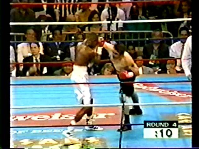 Floyd Mayweather vs Larry O' Shields