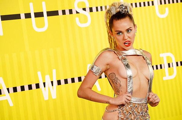 27 августа в солнечном Лос-Анджелесе состоится ежегодная музыкальная премия «MTV Video Music Awards 2017». По подтверждённой информации, Майли Сайрус выступит на церемонии.