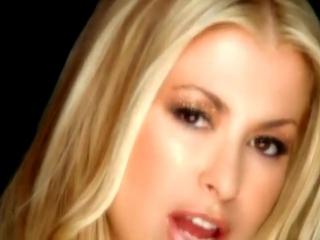 Anastacia - Left Outside Alone (клип 2004 Анастейша)