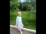 8. Алиса, с днём рождения!