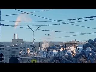 Военный вертолет над Якутском